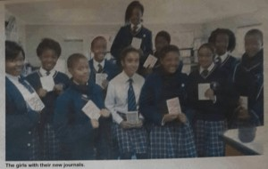 LNGBIgirls with journals